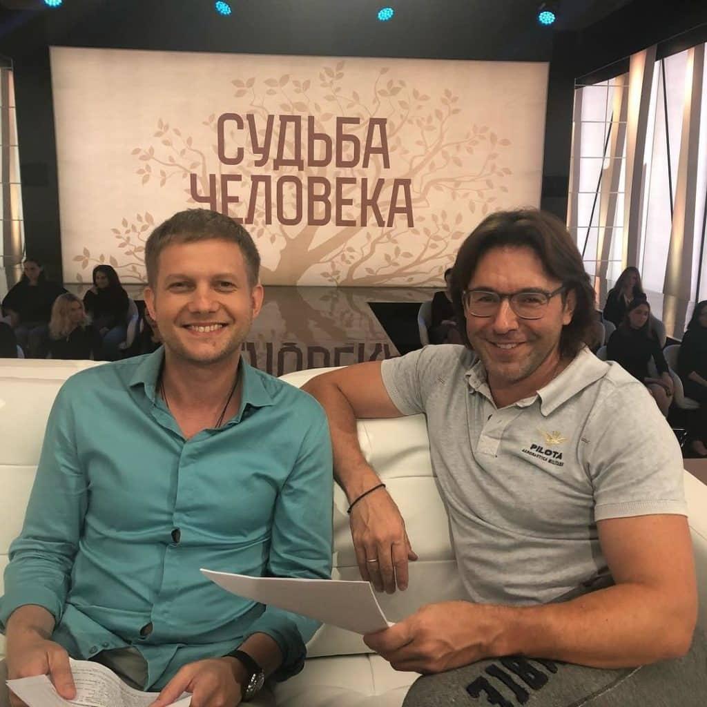 Борис Корчевников и Андрей Малахов побывали в Спасском кафедральном соборе в Пятигорске