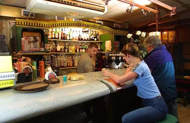 Новые ограничения на продажу алкоголя нанесут удар по малому бизнесу