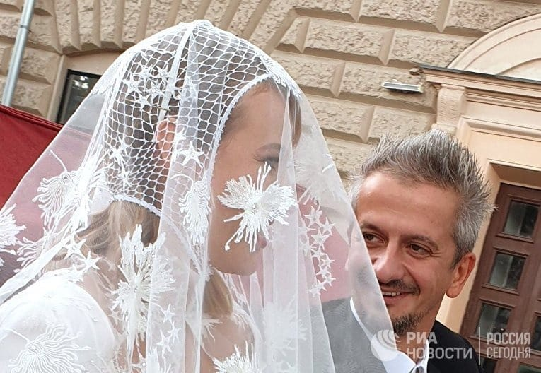 Собчак шокировала мать катафалком на собственной свадьбе: Привет, Андрей! Свадьба Собчак, смотреть эфир от 14.09.19