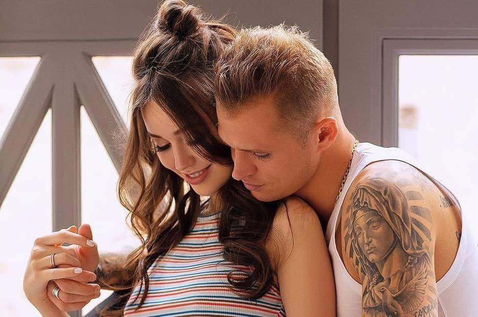 Дмитрия Тарасова и Анастасию Костенко ждет пополнение в семье