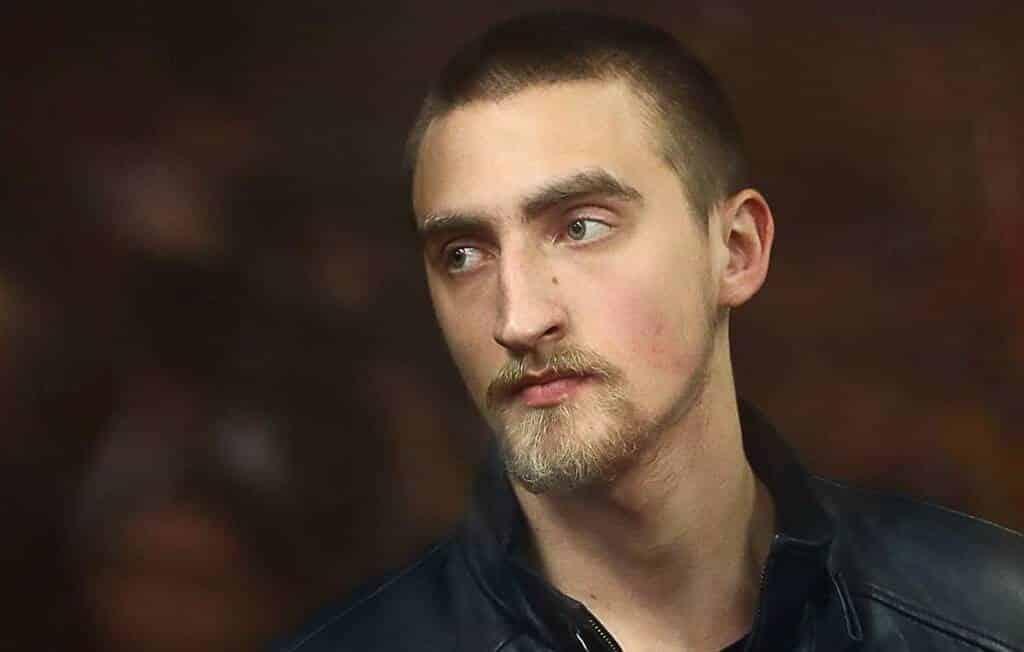 Приговор Павлу Устинову. За что арестовали актера, видео задержания