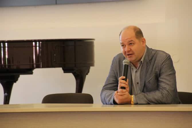 Умер глава Tez Tour Дмитрий Шершнев: причины смерти, биография, сколько лет было, сколько работал в туризме