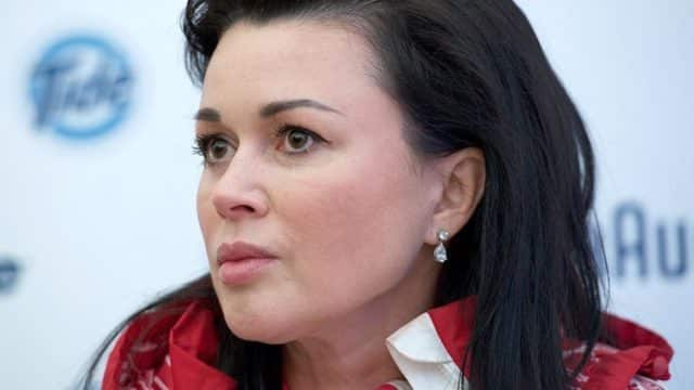 Анастасия Заворотнюк подключена к аппарату искусственной вентиляции легких: как состояние здоровья сейчас, прогнозы врачей