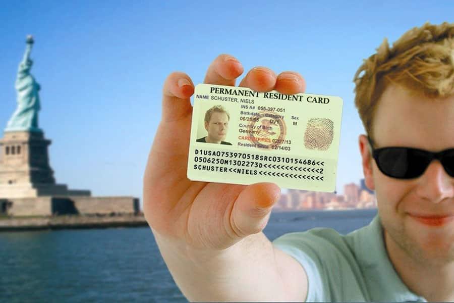 Запрет на выдачу грин-карт в России: новая инициатива правительства