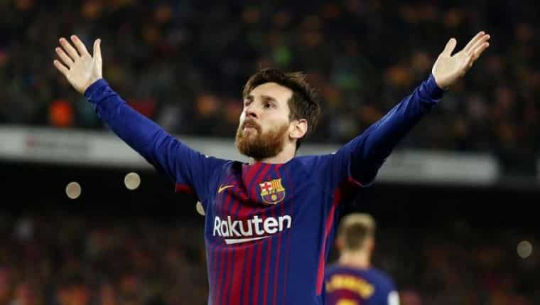 Лионель Месси вновь признан лучшим футболистом мира: Лионель Месси вновь стал обладателем Золотого мяча