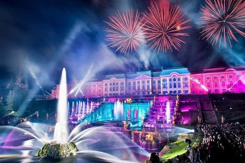 Когда праздник закрытия фонтанов в Петергофе в 2019 году: даты в сентябре 2019, сколько длится шоу