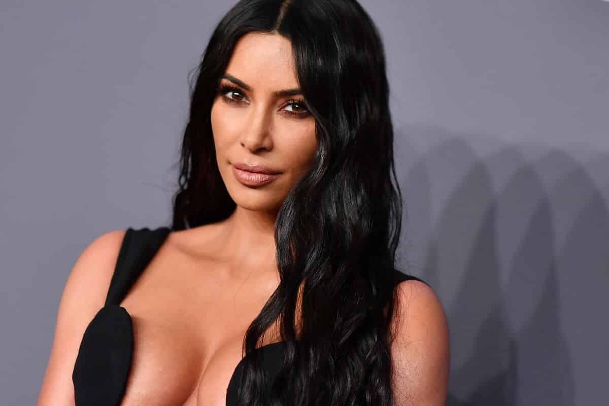 Ким Кардашьян болеет красной волчанкой: правда или нет, как себя чувствует, у Ким Кардашьян немеют конечности