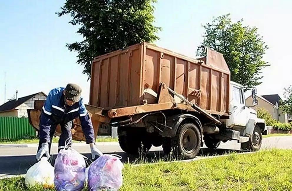 Вывоз мусора в частных домах станет обязательным: новые тарифы
