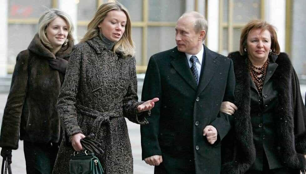 Сколько по мнению Владимира Путина должно быть детей в семье