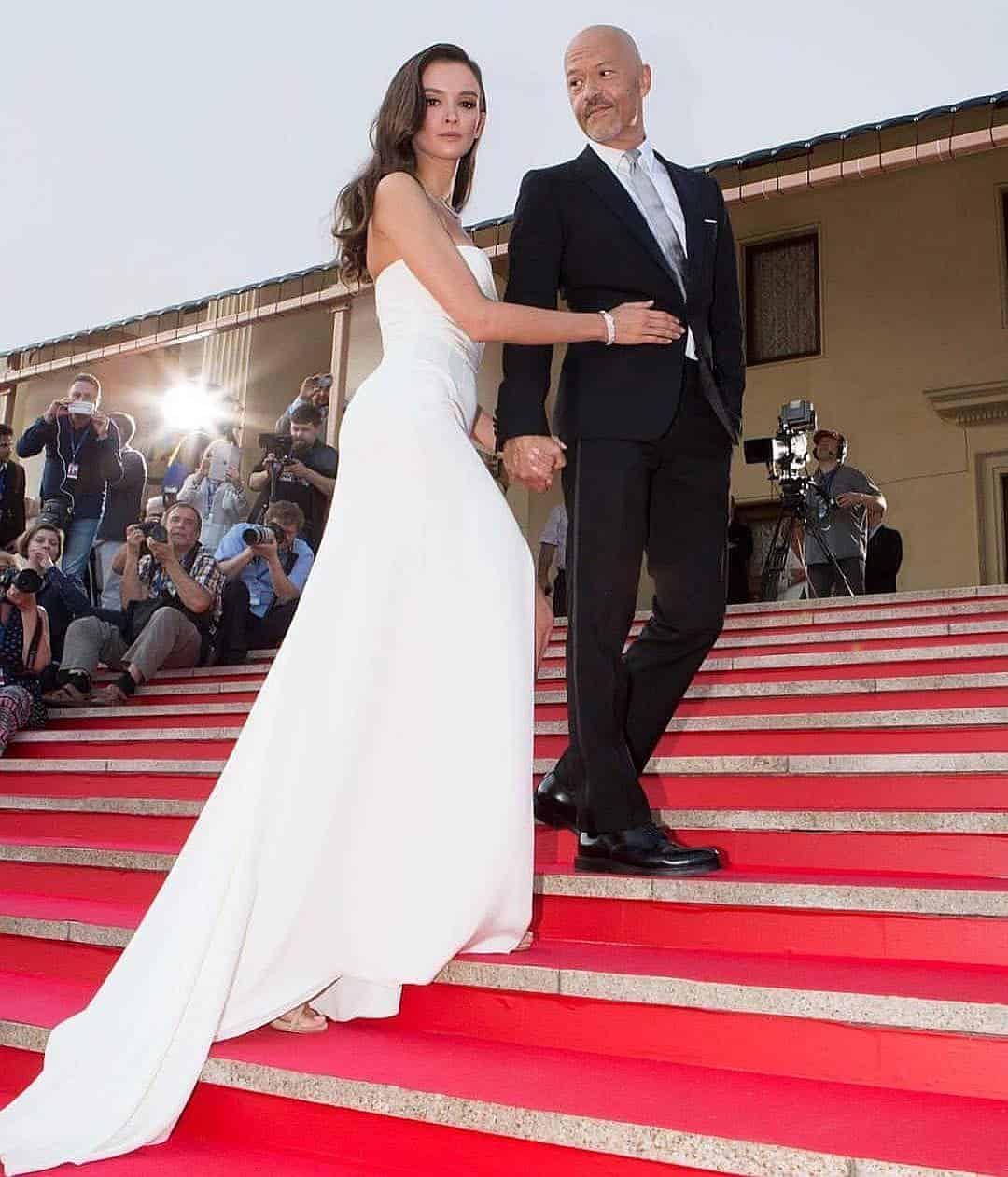 Свадьба Бондарчука и Андреевой: платье невесты и гости, фото и видео со свадьбы, чем запомнилась их свадьба