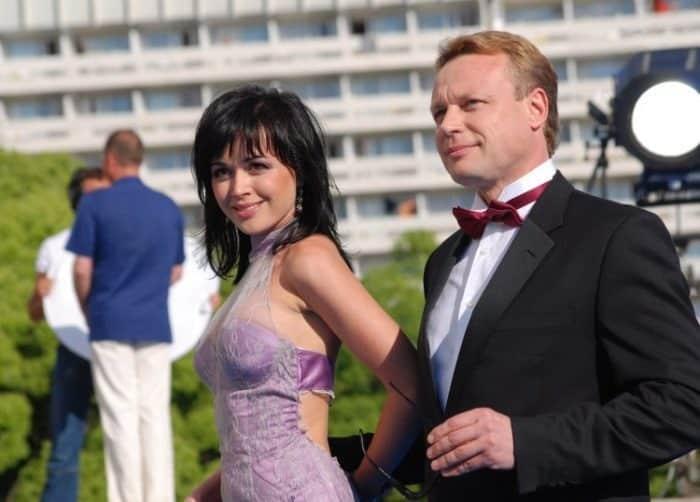 Мужья Анастасии Заворотнюк: личная жизнь «прекрасной няни»