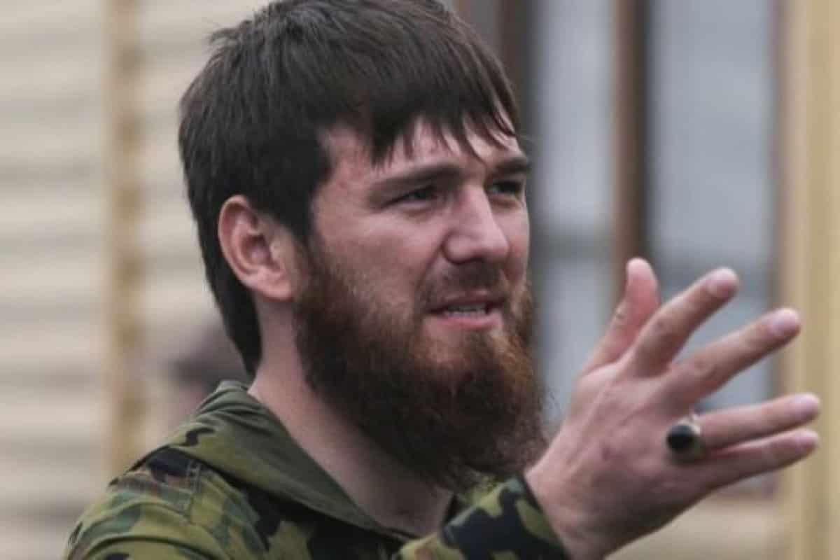 Ислам Кадыров: кто такой, почему пытает женщин электрошокером