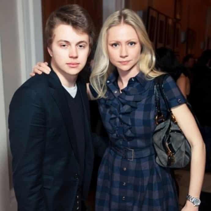 Молодой муж Марии Мироновой: сколько ему лет, кто он