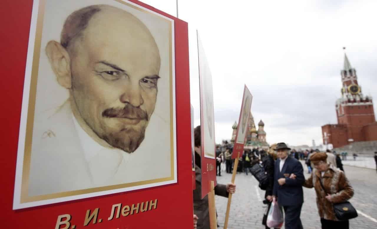 Похоронят Ленина или нет: предсказания Ванги и других ясновидящих