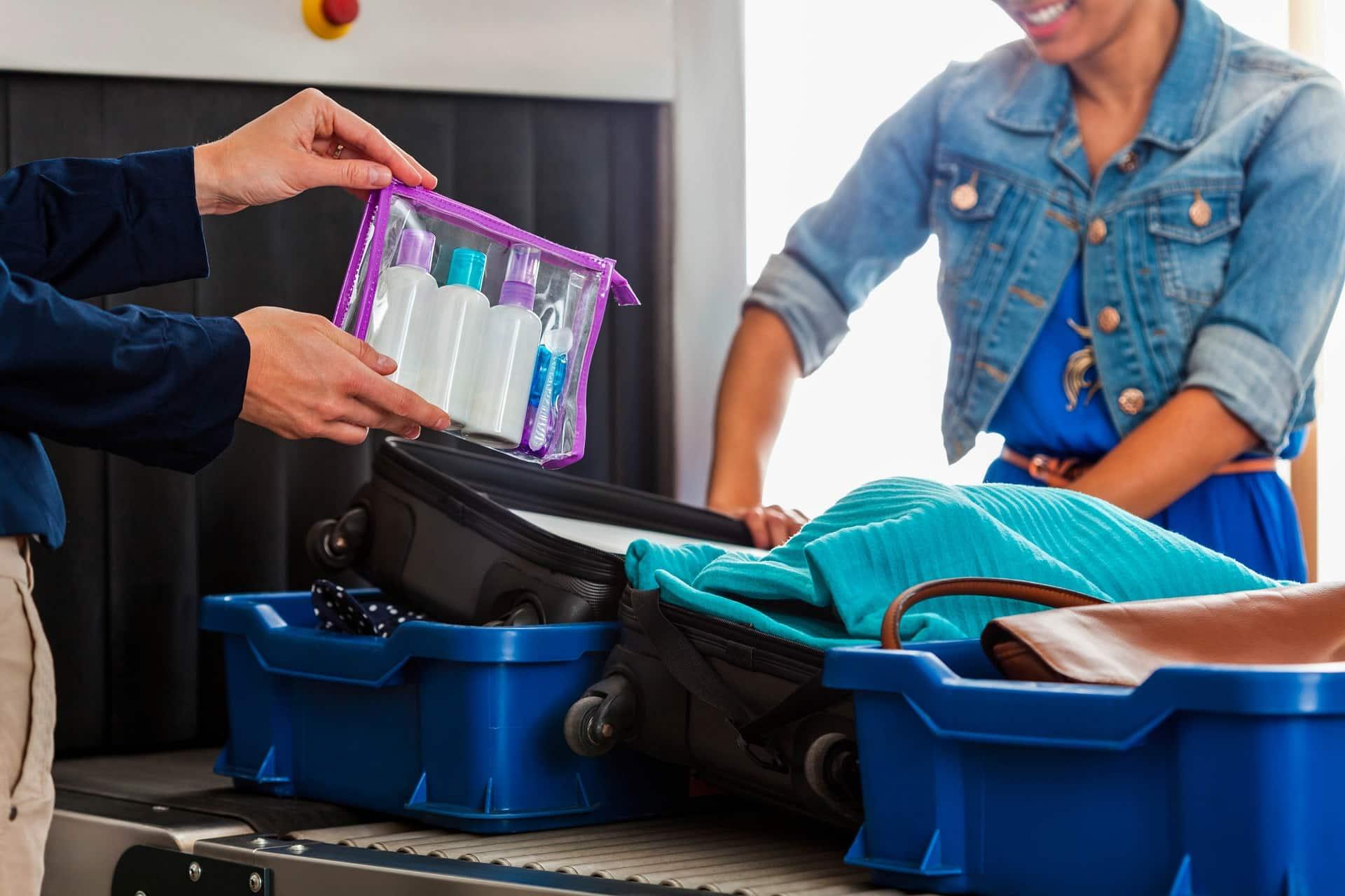 Что нельзя брать с собой в самолёт в 2019 году: список вещей, продуктов и лекарств, новые правила