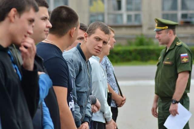 Служба в армии в 2020 году: каковы сроки и будет ли переход на контракт