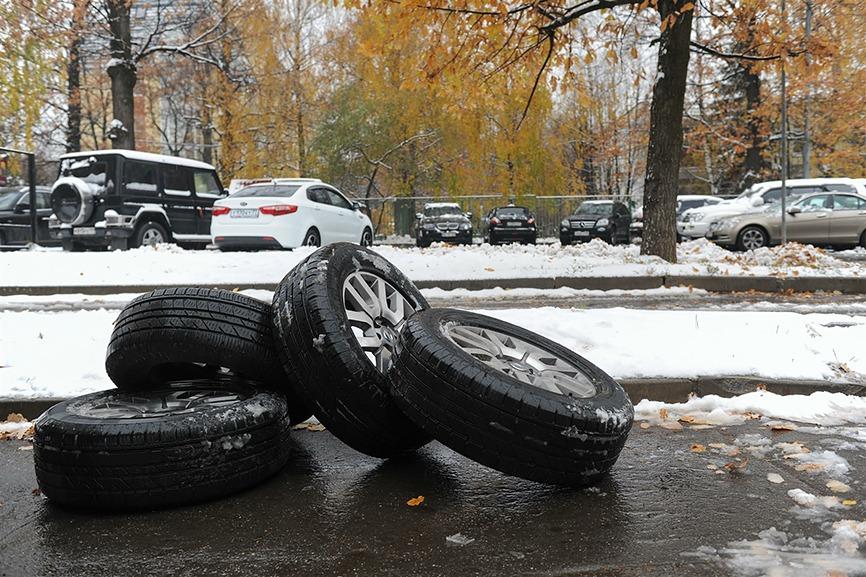 Когда надевать зимнюю резину в этом году в Москве