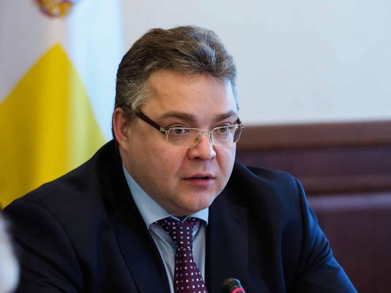 Политики в России, которые согласны работать бесплатно