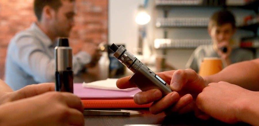 Запрет электронных сигарет в 2019 году: новый закон в России, в чем опасность вейпов