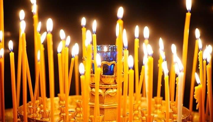 Можно ли приходить в церковь со своими свечами