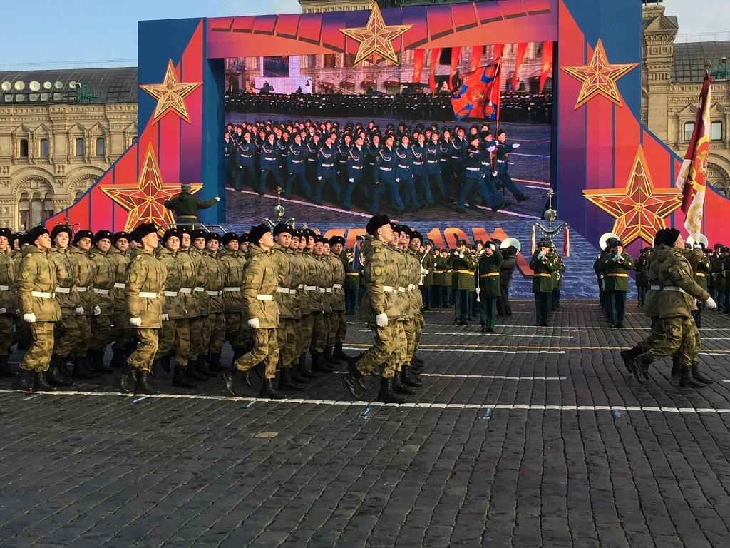Парад на Красной площади 7 ноября 2019: как попасть, какие улицы перекроют