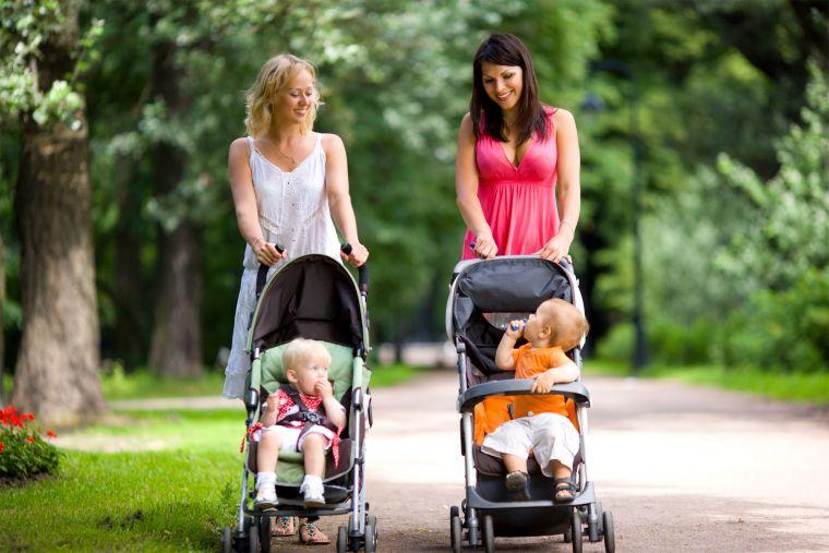 Отмена детских пособий работающим родителям: планируется или нет, причины