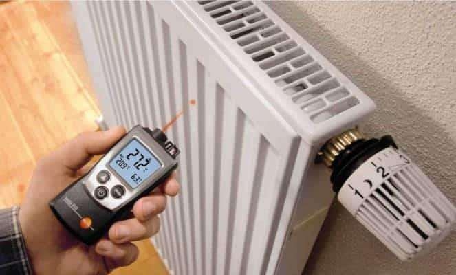 Температура в квартире в отопительный сезон: какая должна быть по нормам, что делать если температура ниже