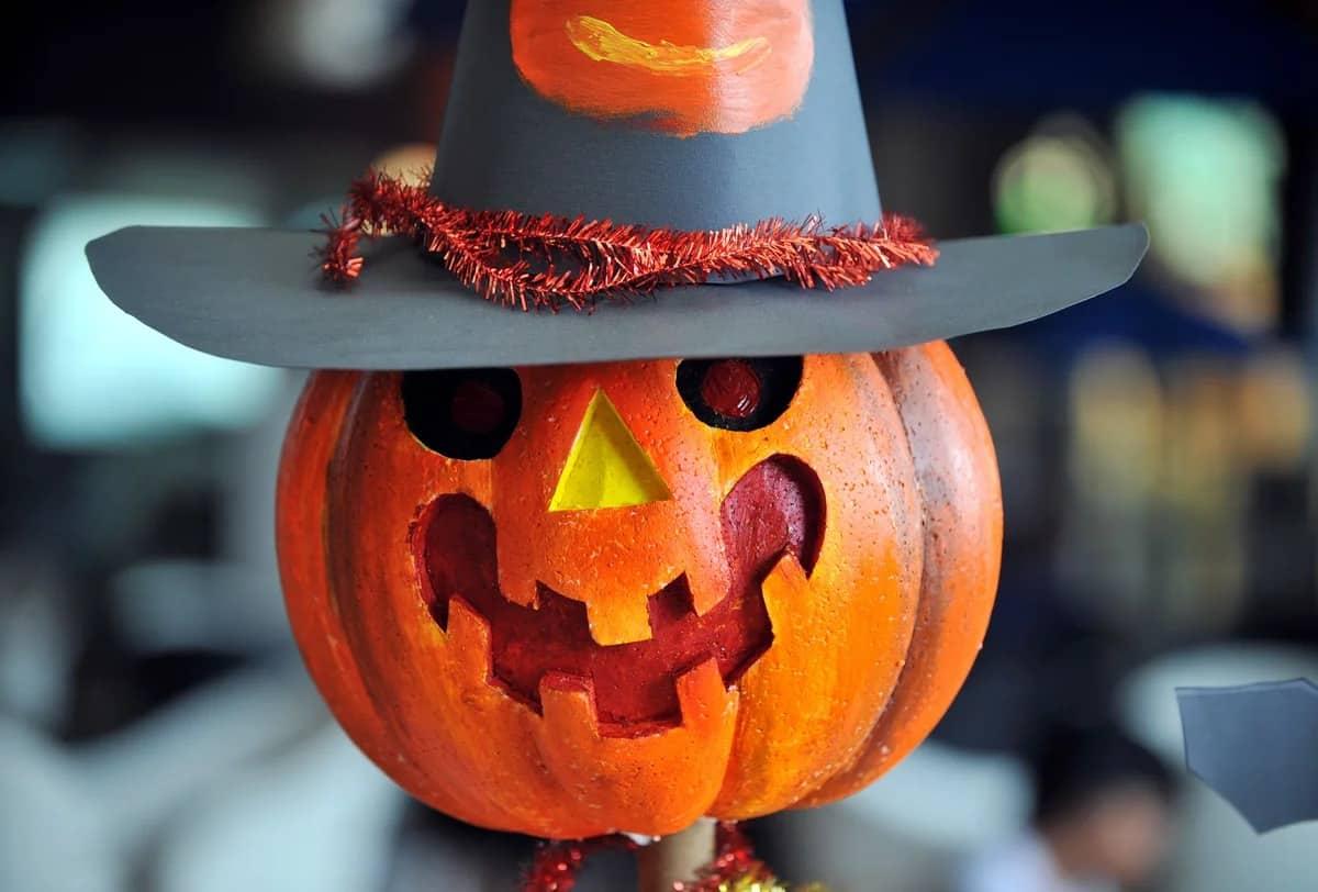 Зачем праздновать Хэллоуин в России могут объяснить не многие россияне