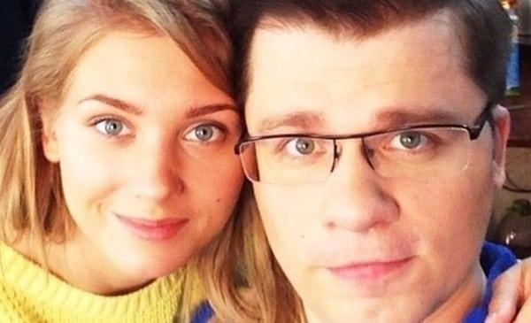 Асмус и Харламов больше не вместе: развелись или нет, причина расставания