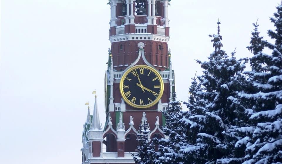 Нужно ли россиянам переводить часы на зимнее время в 2019 году?