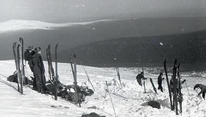 Почему погибла группа Дятлова: новые версии и фото с места трагедии