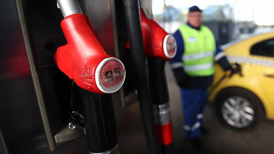 Стоимость бензина в 2020 году: прогноз цены, с чем может быть связан рост