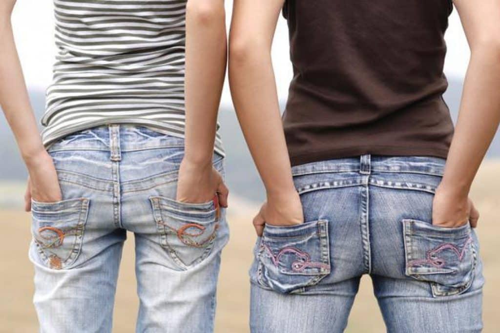 Стирка джинсовых вещей: как часто это необходимо делать