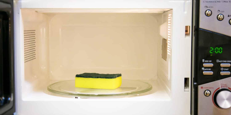 Микроволновка: десятка лайфхаков для разных ситуаций