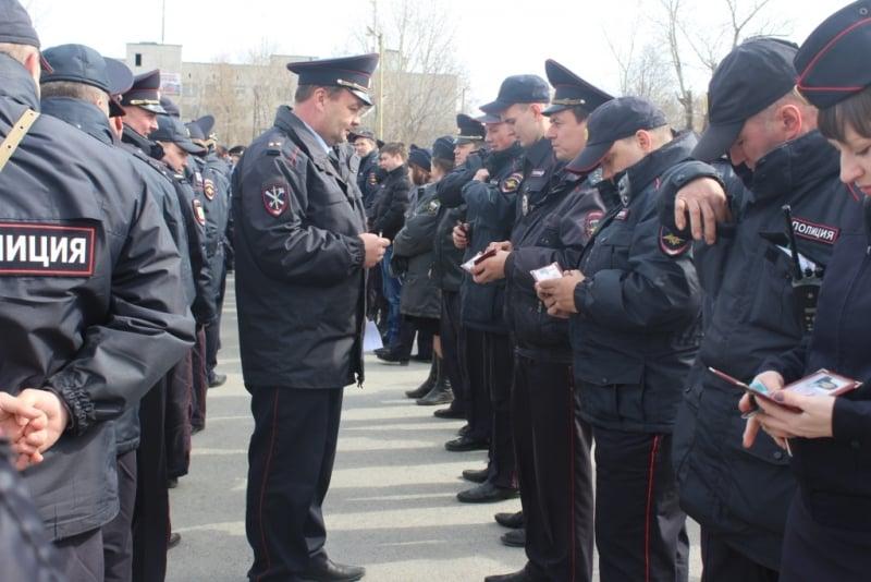 На сколько повысят денежное довольствие сотрудникам полиции в 2020 году