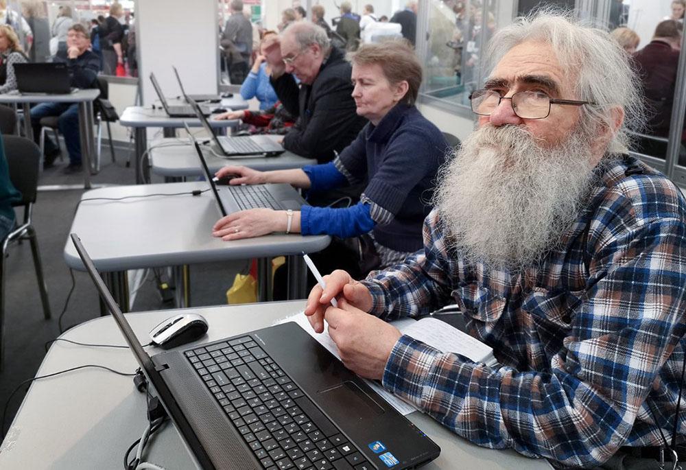 Работающим пенсионерам вновь отказали в индексации