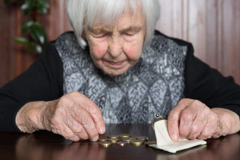 Что можно купить на пенсию: чем отличаются пенсии в Москве от пенсий в регионах