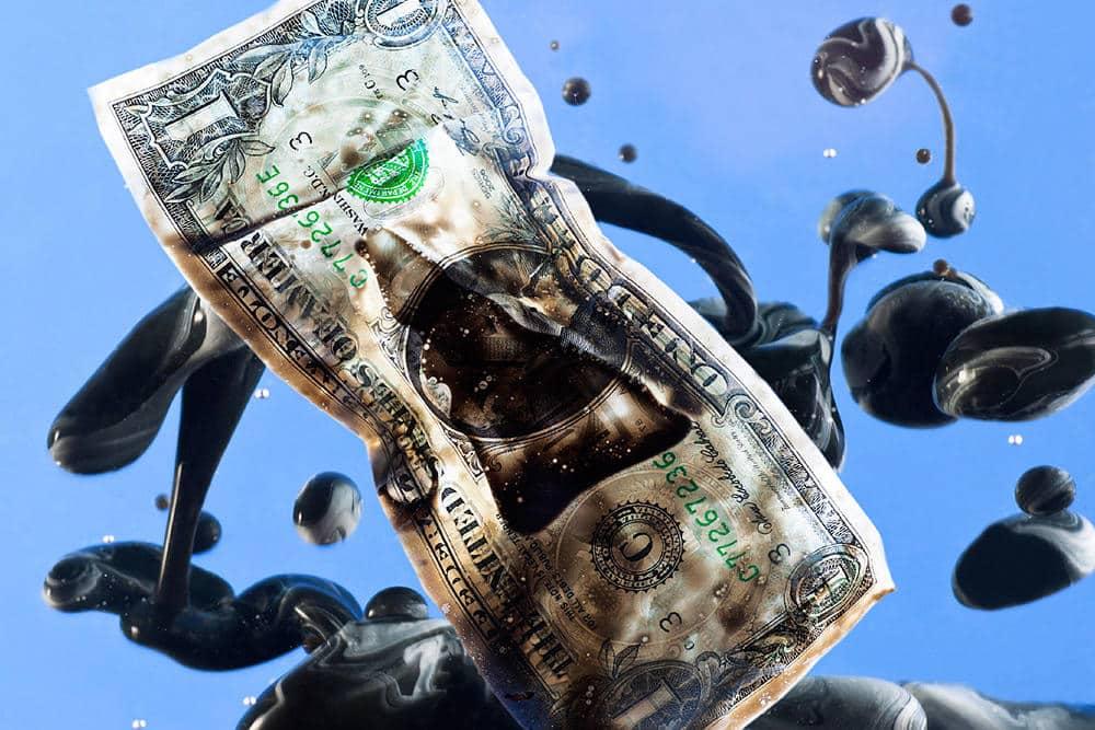 Когда Россия покончит с экономической зависимостью от США? Эксперты говорят, что надо еще подождать