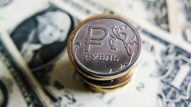 Будет ли обвал рубля в 2020 году: что говорят эксперты