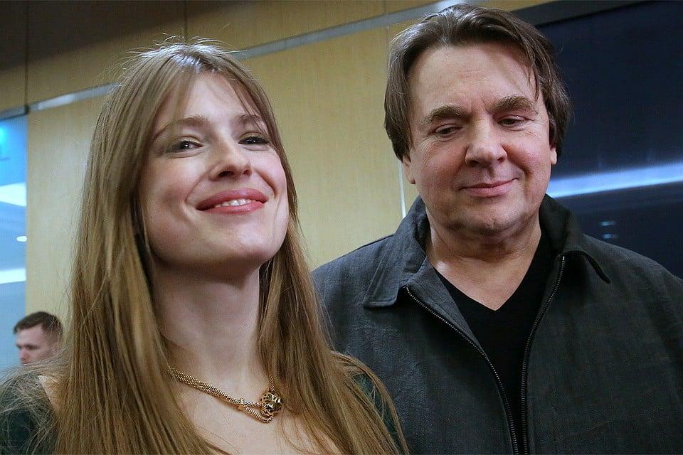 Софья и Константин Эрнст ожидают третьего ребенка