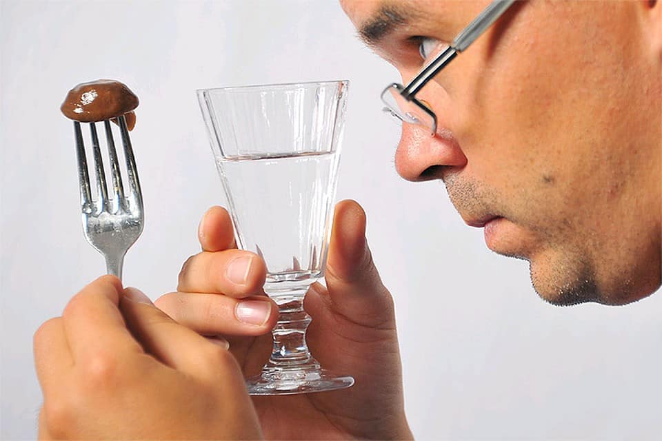 Какая доза водки является несовместимой с жизнью: данные Минздрава