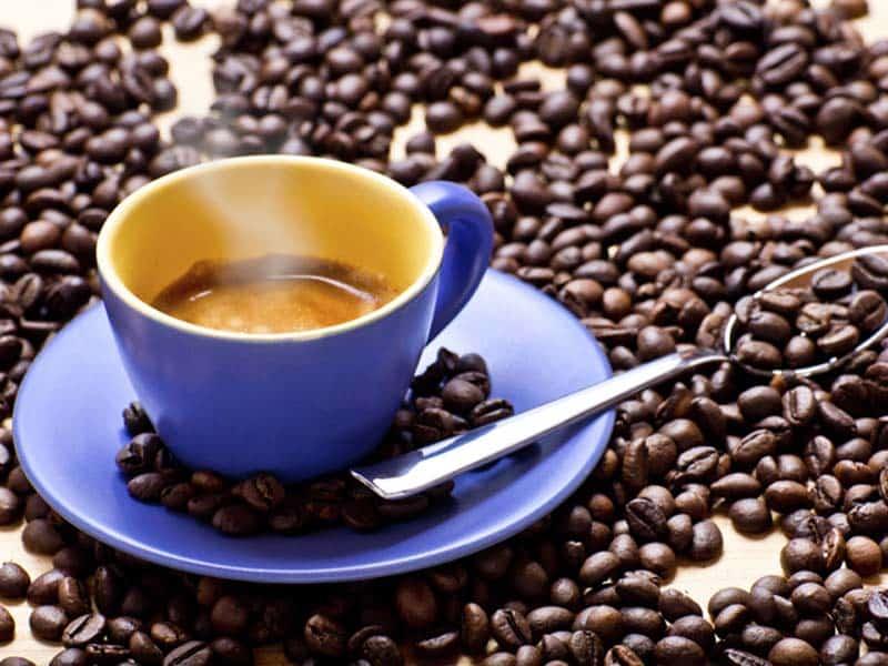 Можно ли пить много кофе, как оно влияет на здоровье сердца?