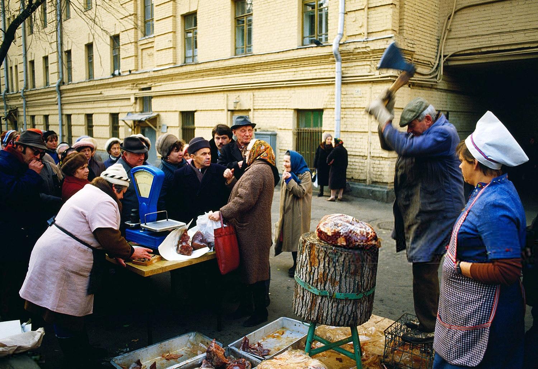 Назад в СССР? Почему россияне сожалеют об утраченной стране