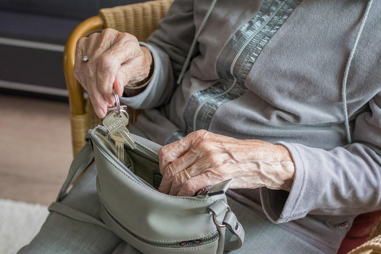На сколько повысят пенсии неработающим пенсионерам в 2020 году
