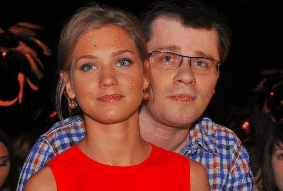 Неужели пара Асмус - Харламов больше не в браке