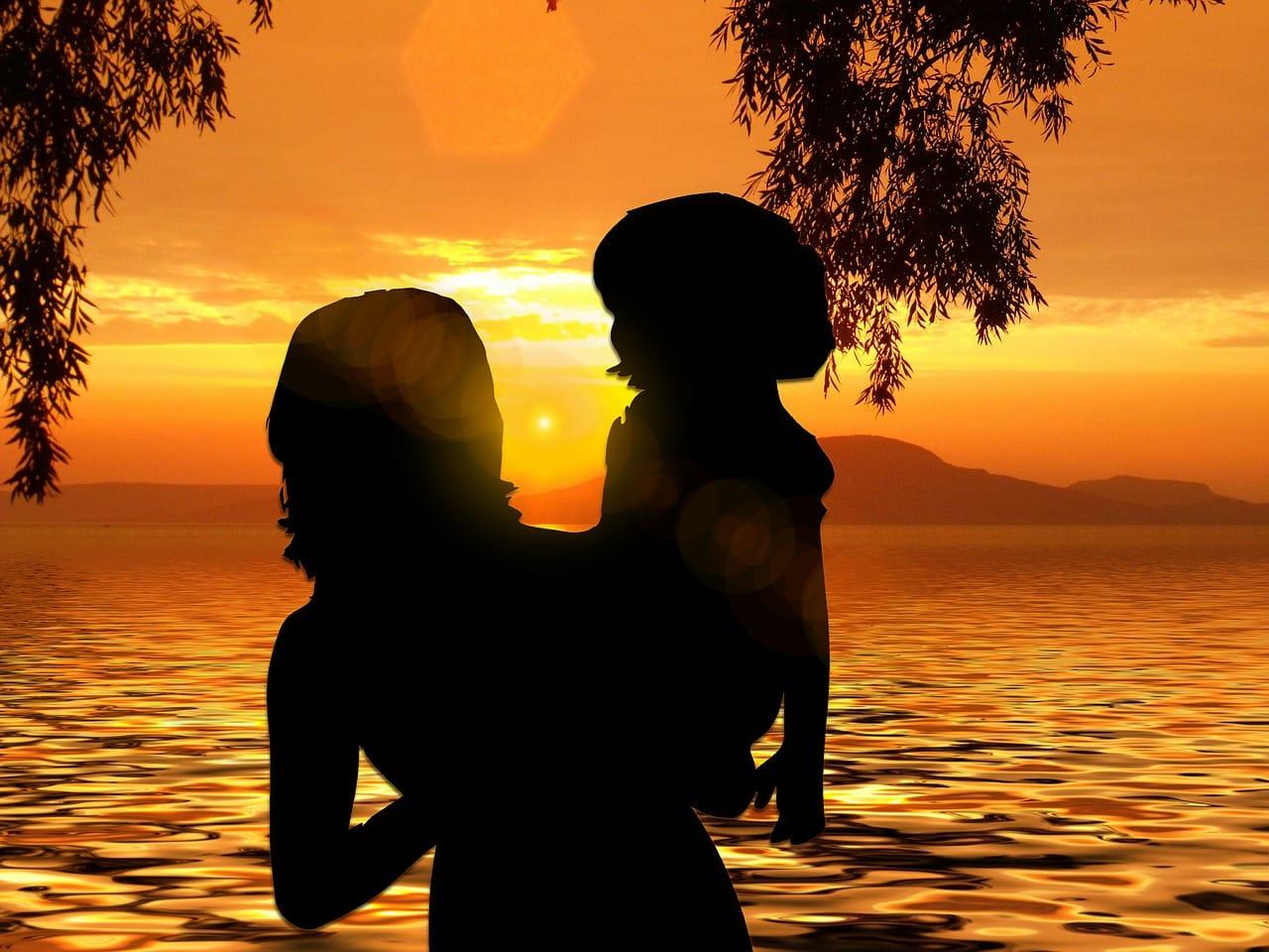 Мать-одиночка: как получить этот статус, какие предусмотрены льготы