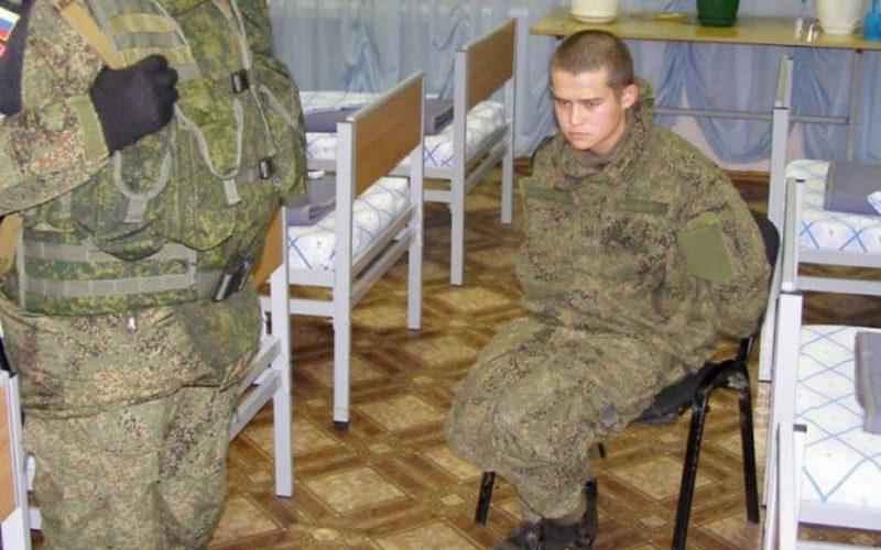Командиров будут увольнять из армии за плохое настроение солдат