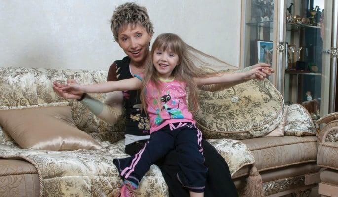 Дочке Елены Воробей сделали операцию в немецкой клинике: чем болеет Софья