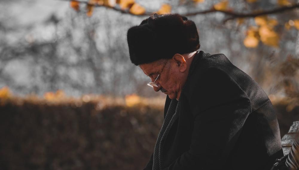 Между штрафом и работой: непростой выбор российского пенсионера