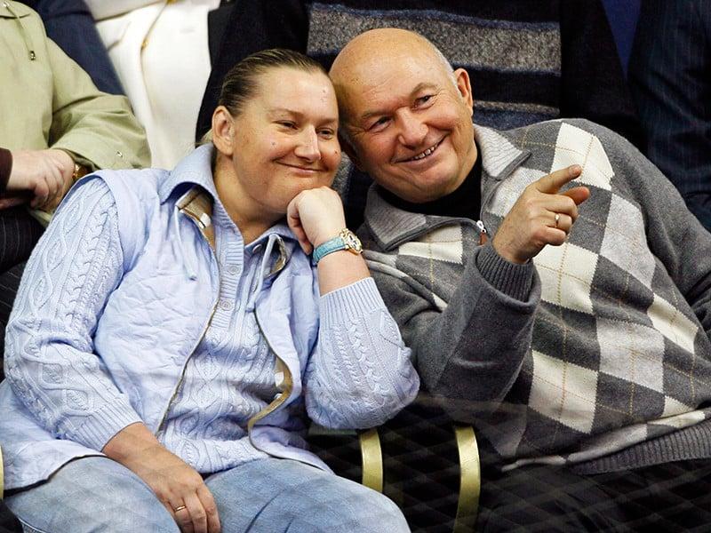 Елена Батурина не может справиться с горем от потери мужа